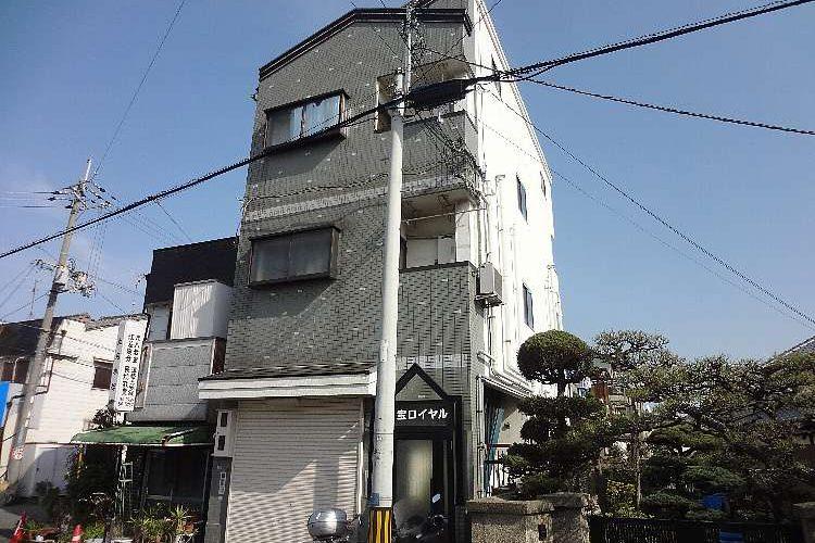 伊賀2丁目マンション(1K)画像1