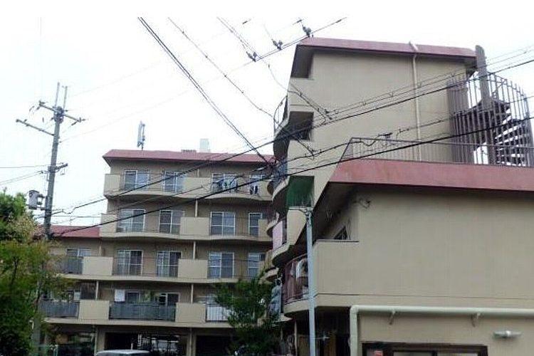 高鷲5丁目マンション(4階)画像1