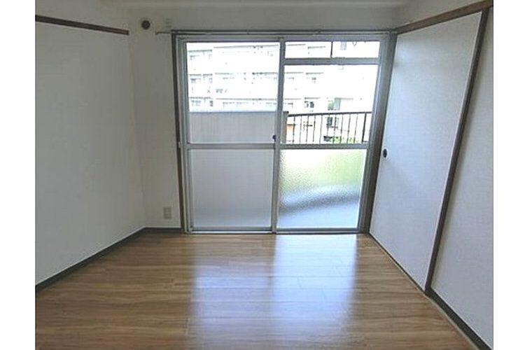 高鷲5丁目マンション(4階)画像3