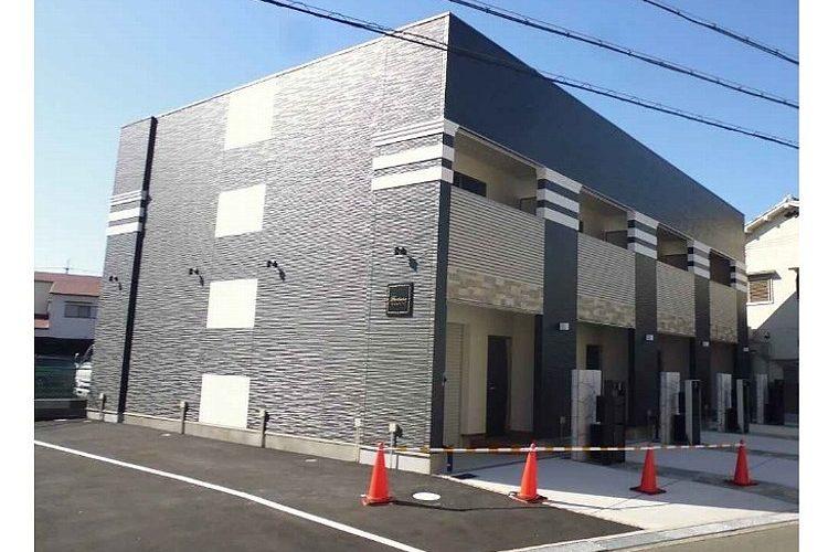 高鷲4丁目新築アパート(倉庫・事務所つき)画像1