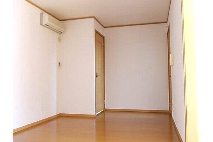 高鷲7丁目アパート(1階)画像3